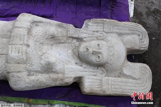 Farmers find rare female statue in citrus grove